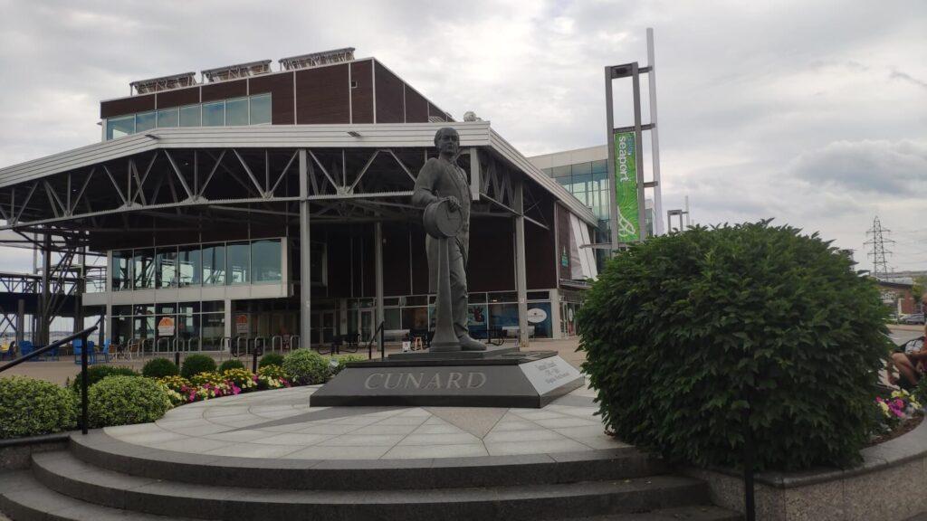 Cunard Denkmal