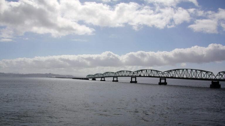 Astoria Brücke komplett