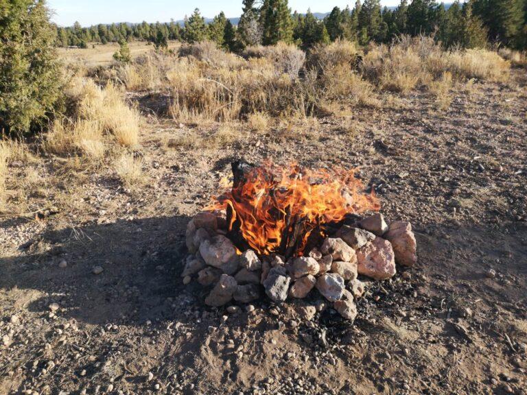 Lagerfeuer in der Nähe vom Bryce Canyon
