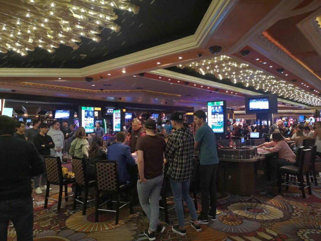 Menschen im Casino 6