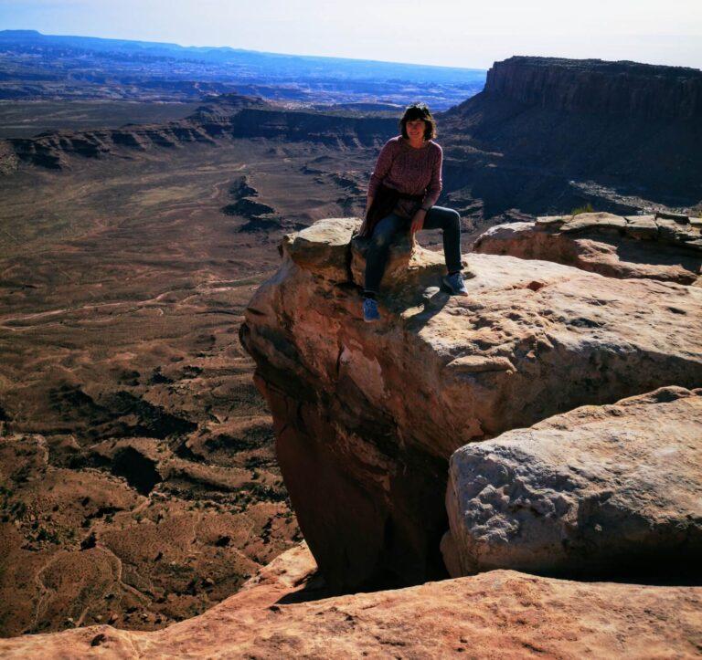 Iris auf einem Felsen in Canyonlands