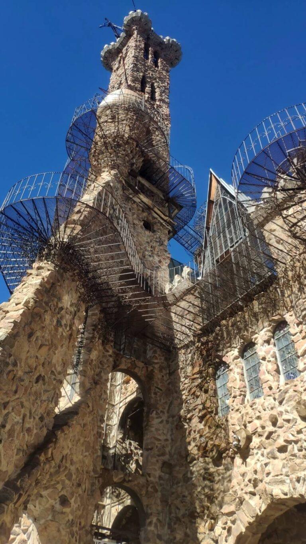 Ein Turm der Burg
