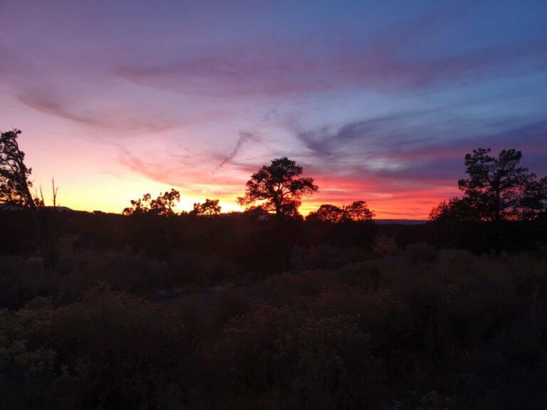 Sonnenuntergang Stellplatz vor Mesa Verde