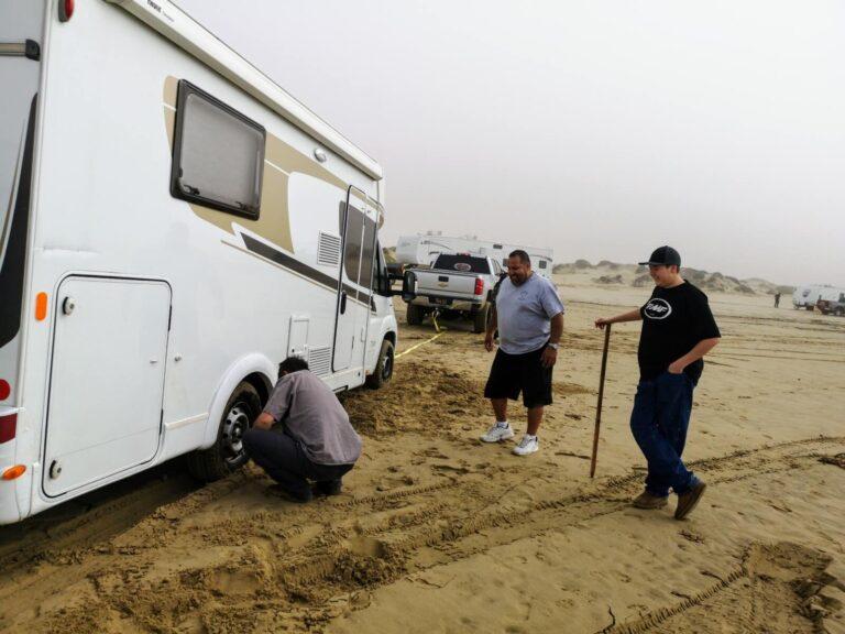 Hilfe am Pismo Beach