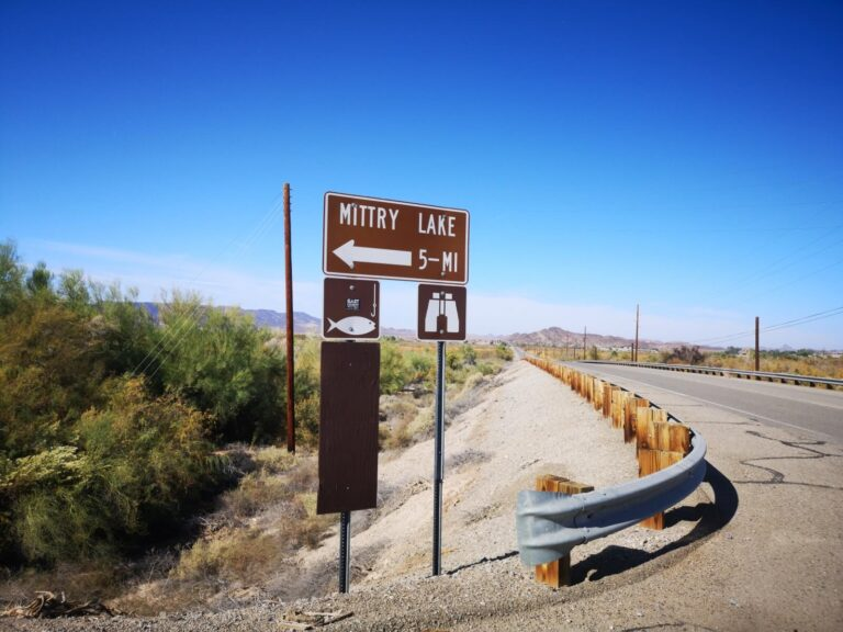Mittry Lake Schild