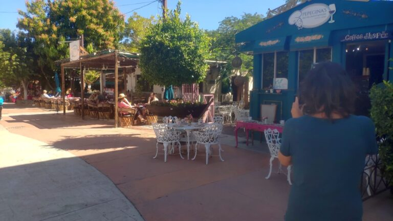 Cafes in Loreto