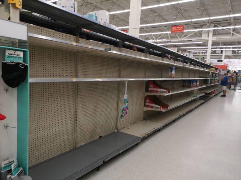 Walmart mehr Regale leer