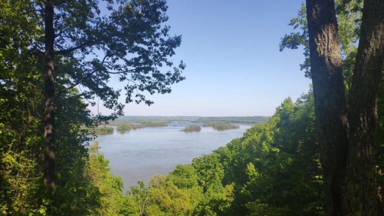 Duck River Overlook