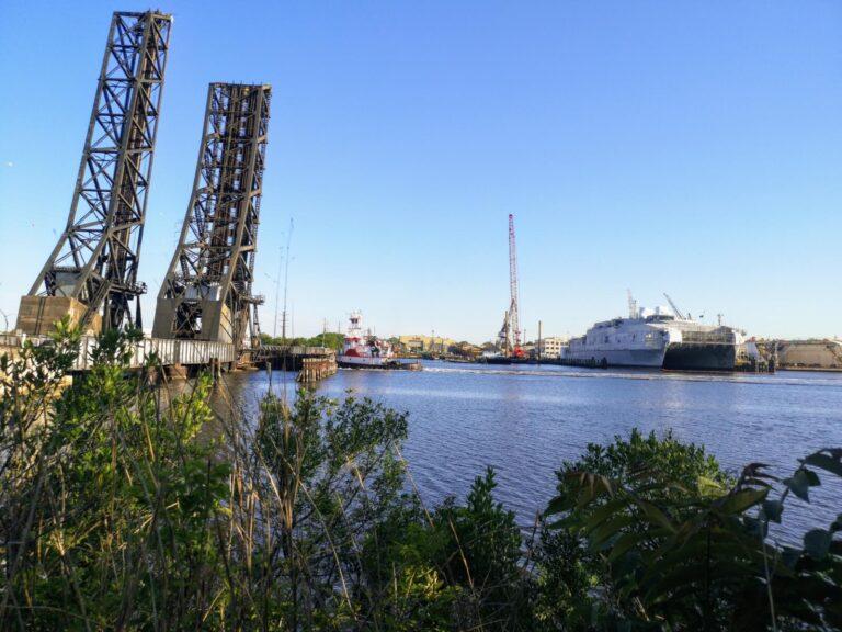 Norfolk Drehbrücke Durchfahrt