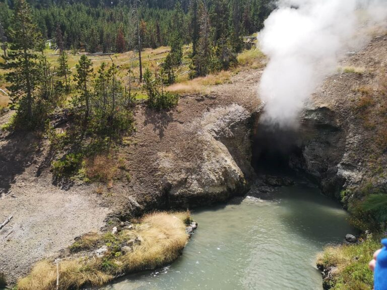 Dragons Mouth Yellowstone