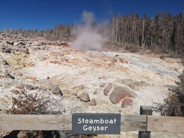 Yellowstone Steamboar Geyser